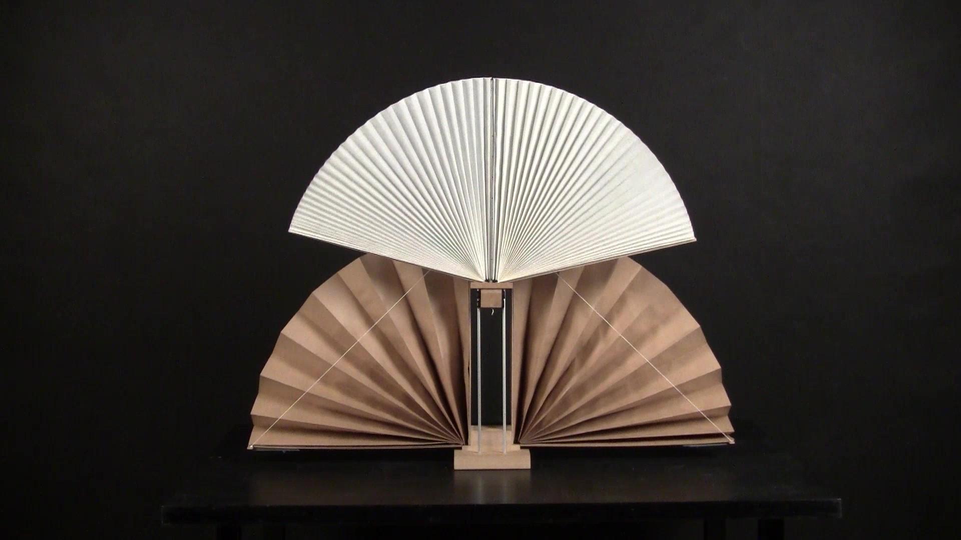 Ball Machine - maszyna ręcznie wykonana z drewna, płyty MDF / HDF, aluminium i papieru. Projekt i wykonanie Maciej Zawierucha.