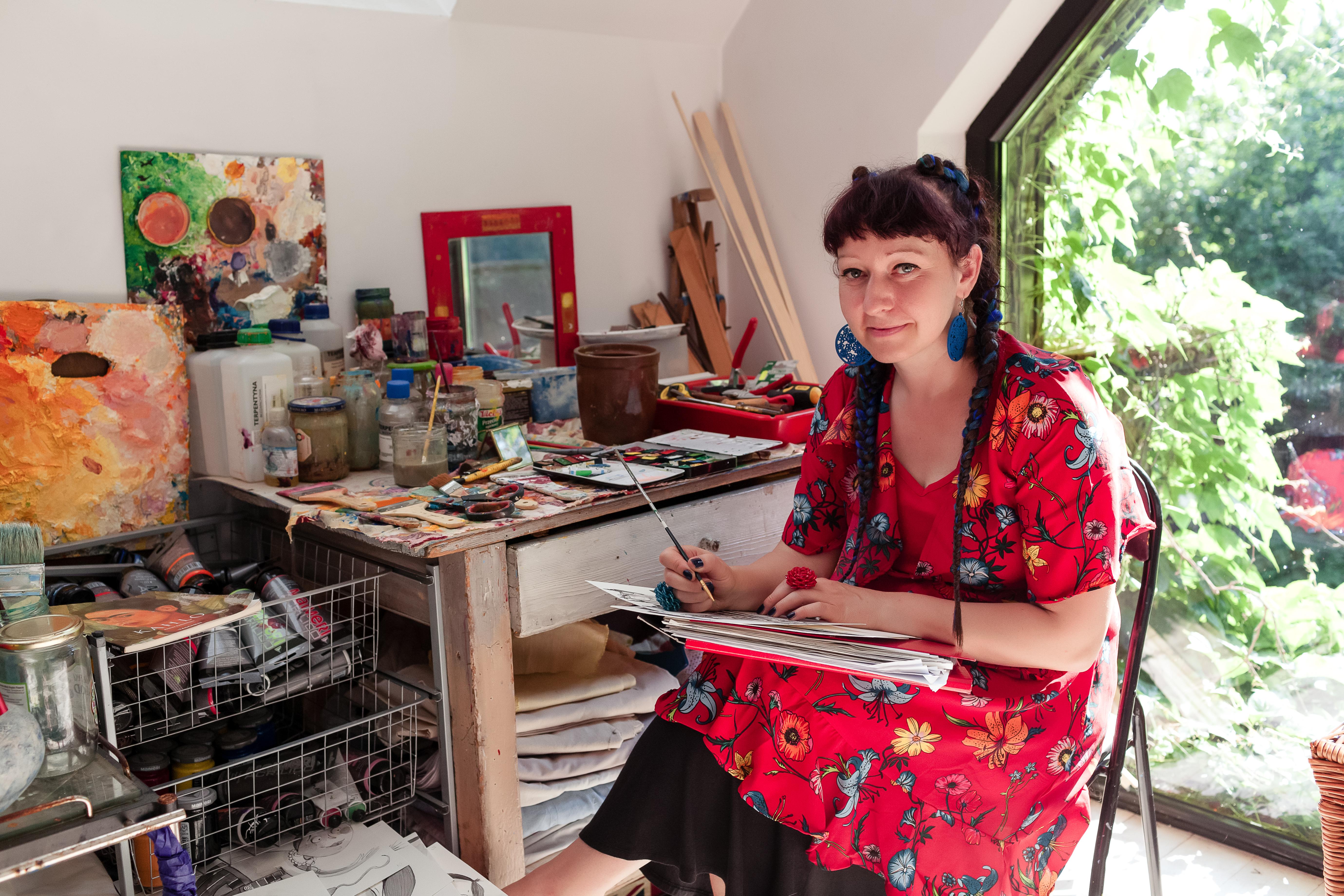 Anna Kaszuba-Dębska in her workshop in Cracow.