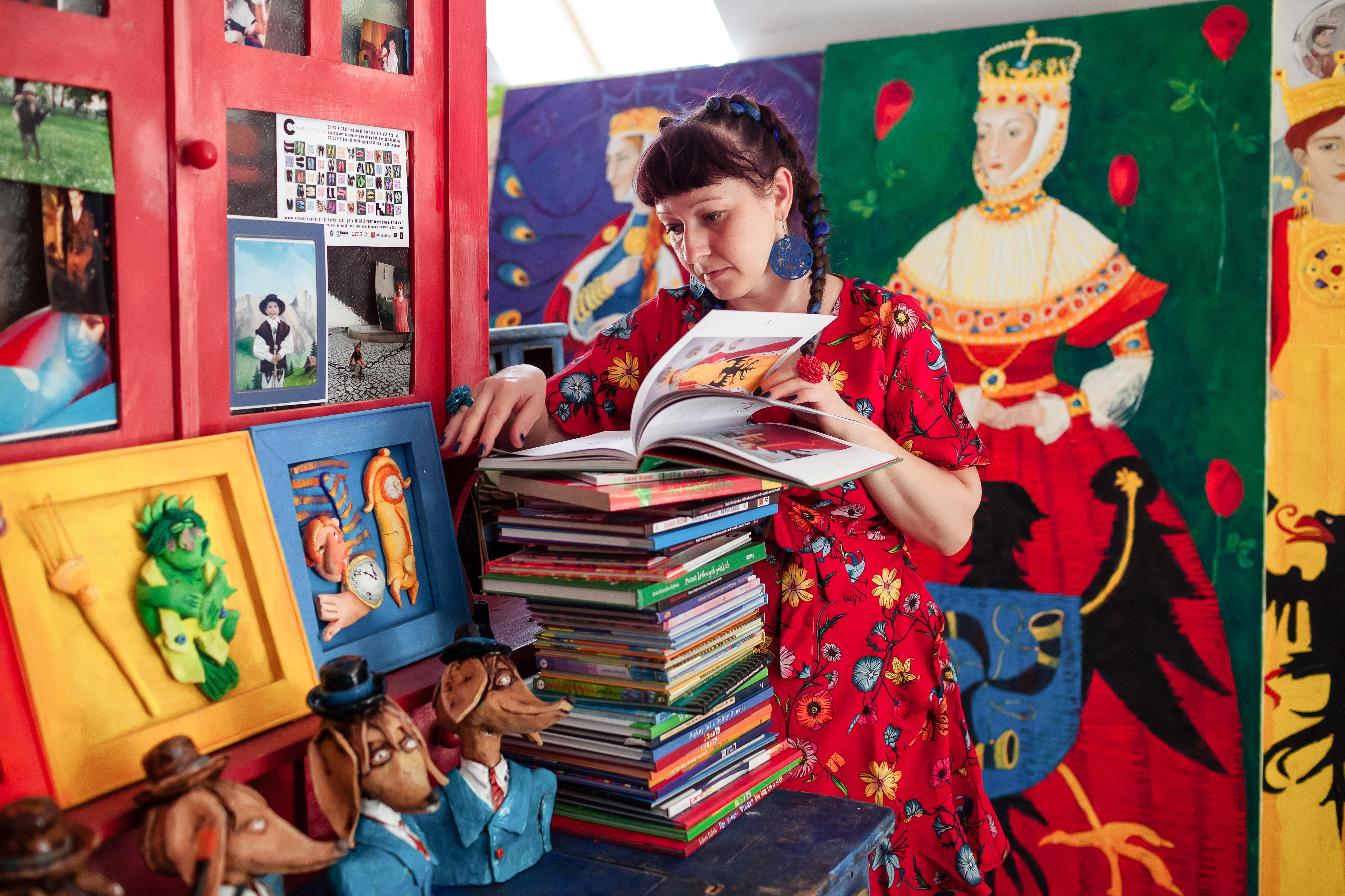 To tylko niewielka część książek zilustrowanych przez Anię.